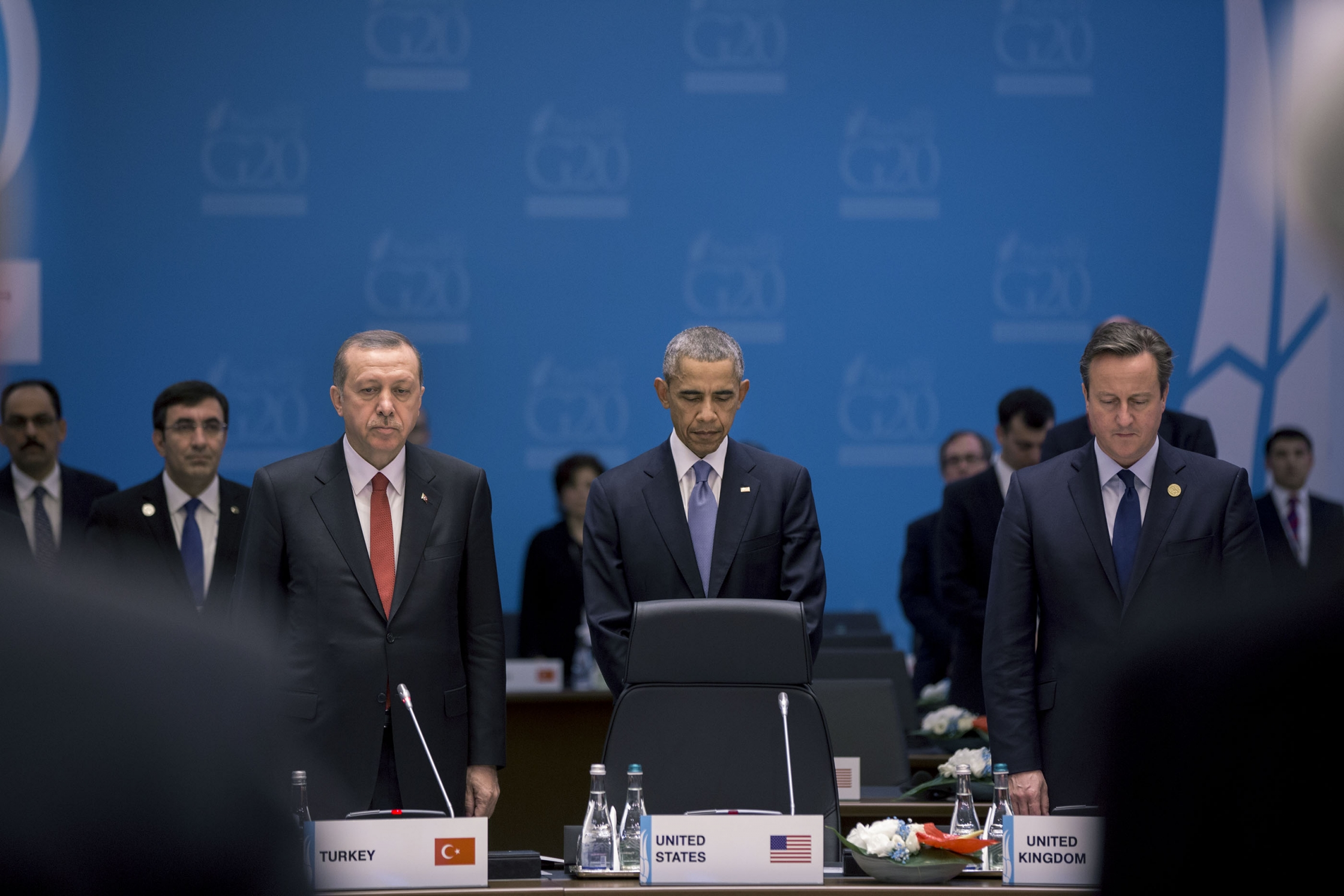 President Barack Obama, President Recep Tayyip Erdoğan Of Turkey And Prime Minister David Cameron Of The United Kingdom And The Other Members And Staff Of The G20 Summit, Observe A Moment Of Silence During Working Session One In Antalya, Turkey For The Victims Of The Terrorist Attacks In France, Sunday, Nov. 15, 2015. U.S. Government Work/White House Photo By Pete Souza
