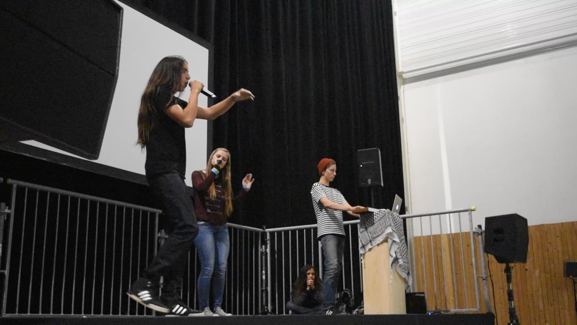 Earth Guardians, A Youth Environmental Activism Group, Takes The Stage To Rap About Climate Change, At The COY11 Event In Paris On Nov. 28, 2015. Photo By Bethany Ao.
