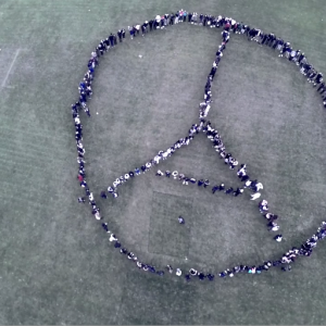 Students express hopes for peace in wake of Paris terror attacks