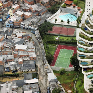 COMMENTARY: A Look Into The Two Worlds Of São Paulo's Paraisópolis
